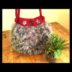 ♻️ Vintage fuzzy purse